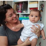 Letícia e a nossa babá, treinada pelo Personal Mamãe Bebê.